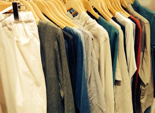 わきがな男が選ぶべき服と下着の素材は? | 男のワキガ対策ブログ