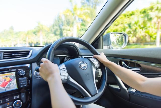 運転中の脇汗と脇のニオイをなくす方法【初心者ドライバー必見】